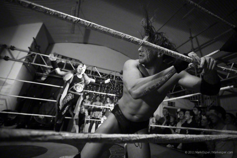 Lucha Britannia. Mexican Wrestling - MARK ESPER.